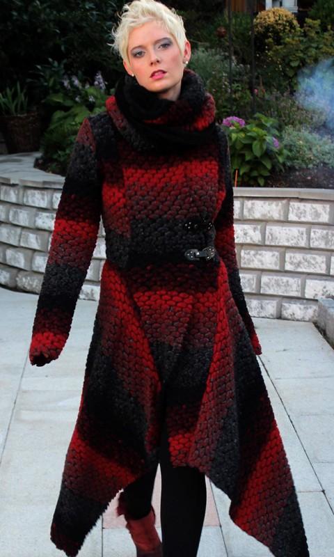 Wollmantel rot/schwarz